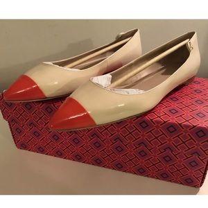NIB TORY BURCH Elizabeth Flat Shoes Patent Leather